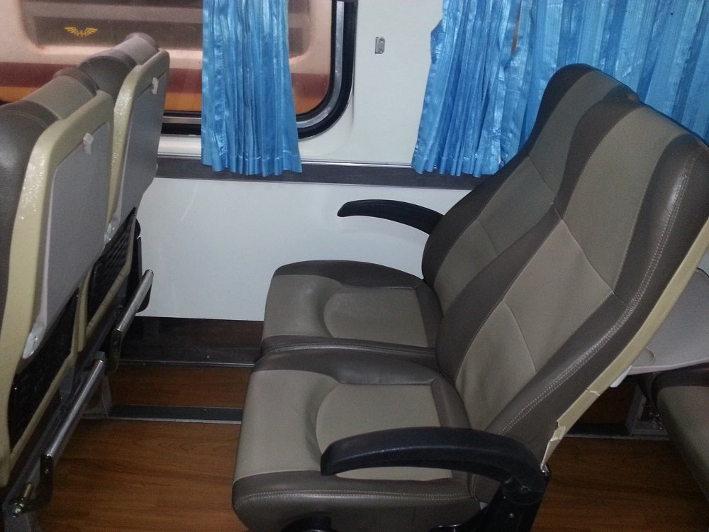 2nd Class Seats on the 08.30 train to Chiang Mai